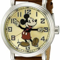 Disney Men's Mickey Mouse Analog Quartz Watch