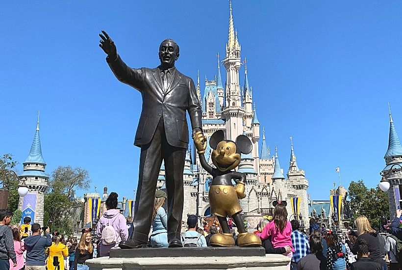 Ways To Save Money On Your Disney Vacation